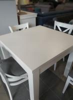 ikea stoł